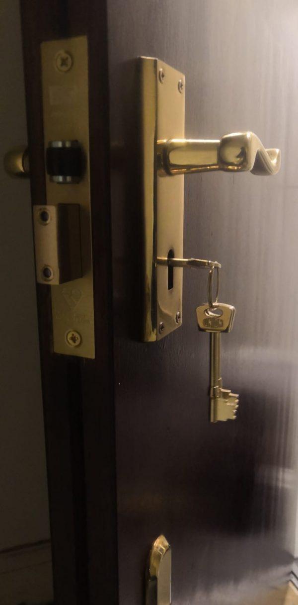 Locksmith Colindale NW9 emergency lock change emergency