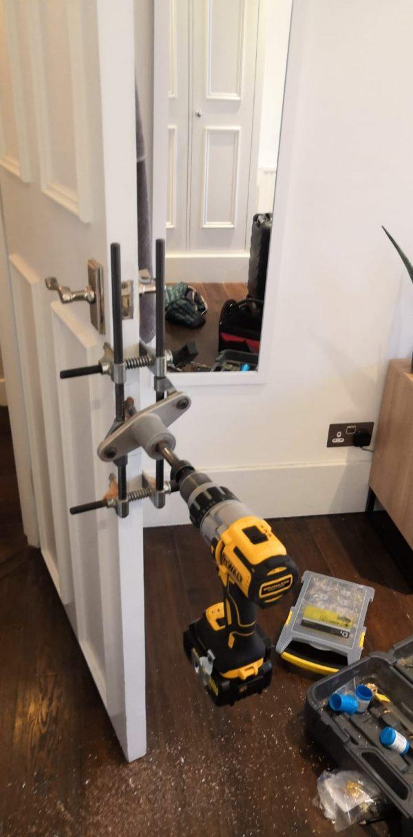 lock change Locksmith Maida Vale W9 new lock installation